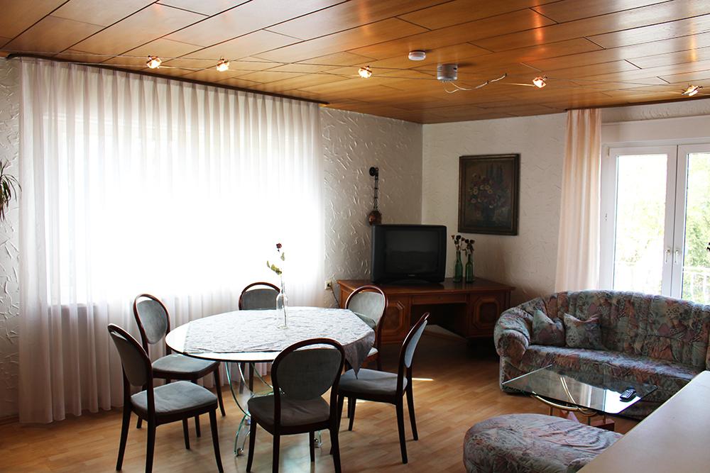 Ferienwohnung Karlsruhe Apartment Im Restaurant Schoko